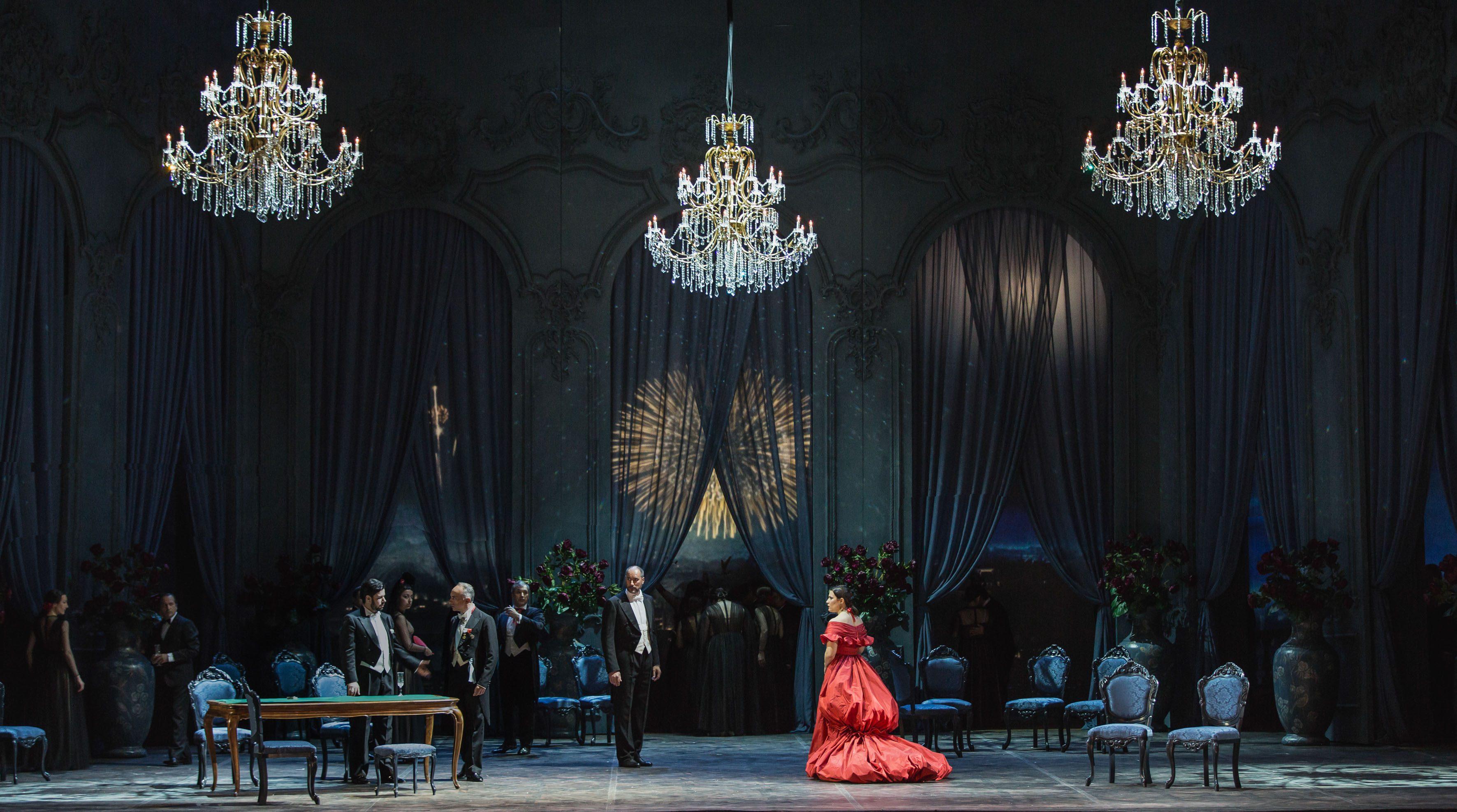 la-traviata un-totaleyasuko-kageyama-opera-di-roma-2015-16 33158
