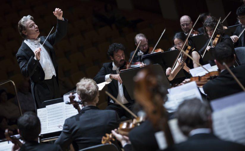 Roberto Abbado dirigeix la 'Setena' de Mahler amb l'Orquestra de la Comunitat Valenciana