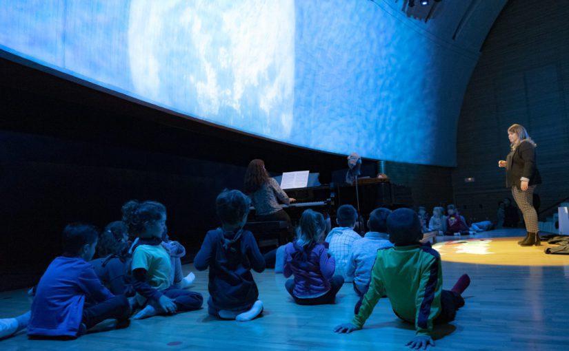 El Juego de los Dados y el Efecto Mozart: escuchar una ópera del músico para estimular el aprendizaje
