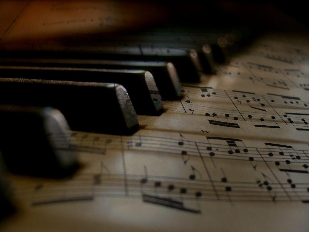 music-279333 1920