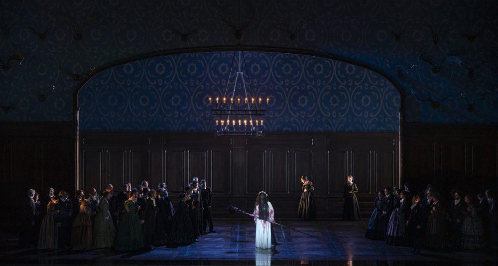 Lucia di Lammermoor ©Miguel Lorenzo y Mikel Ponce Les Arts 11