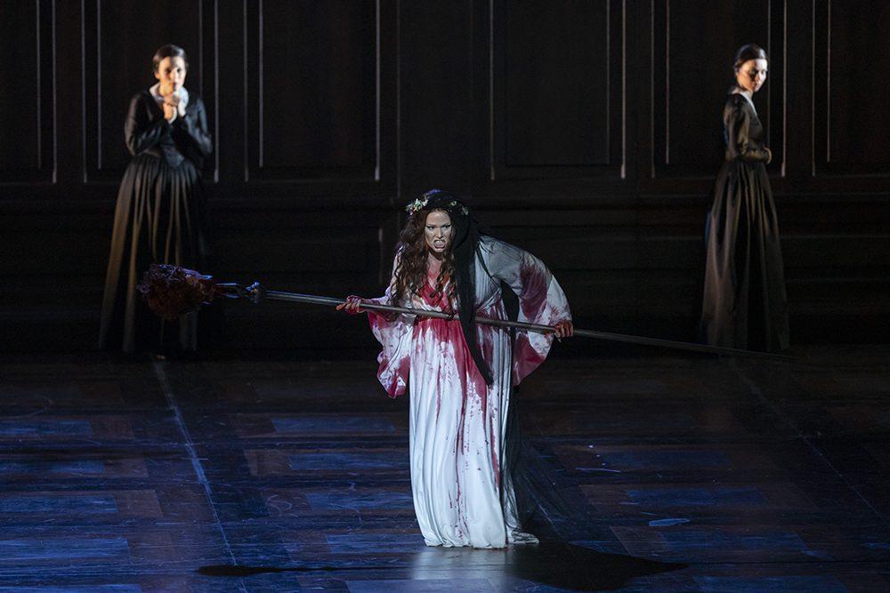 Lucia di Lammermoor ©Miguel Lorenzo y Mikel Ponce Les Arts 2