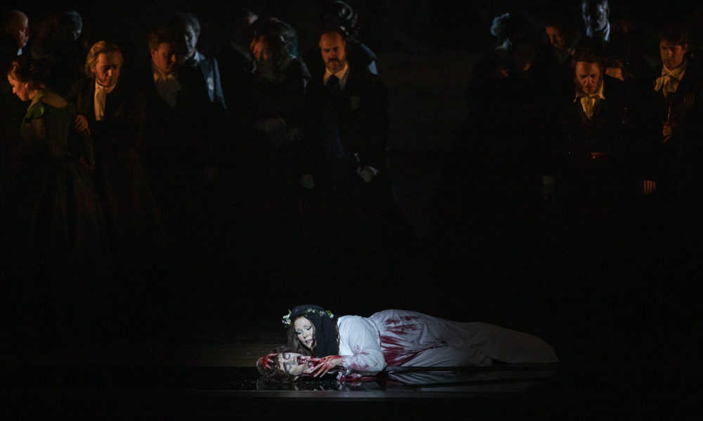Lucia di Lammermoor ©Miguel Lorenzo y Mikel Ponce Les Arts 8a