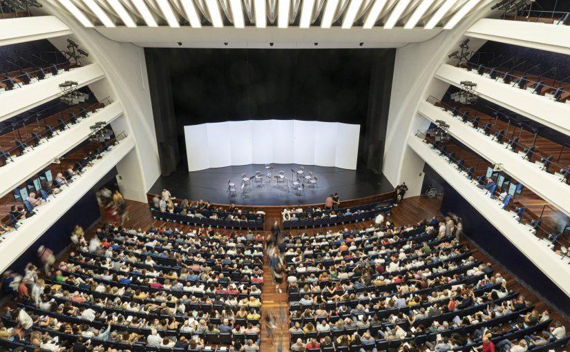Les Arts proposa, per un preu únic de 5 euros, un concert i una exposició per al matí de diumenge