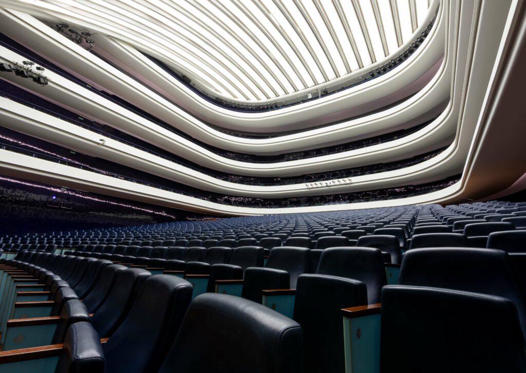 Sala principal del Palau de Les Arts.Fotografías Miguel Lorenzo / Mikel Ponce