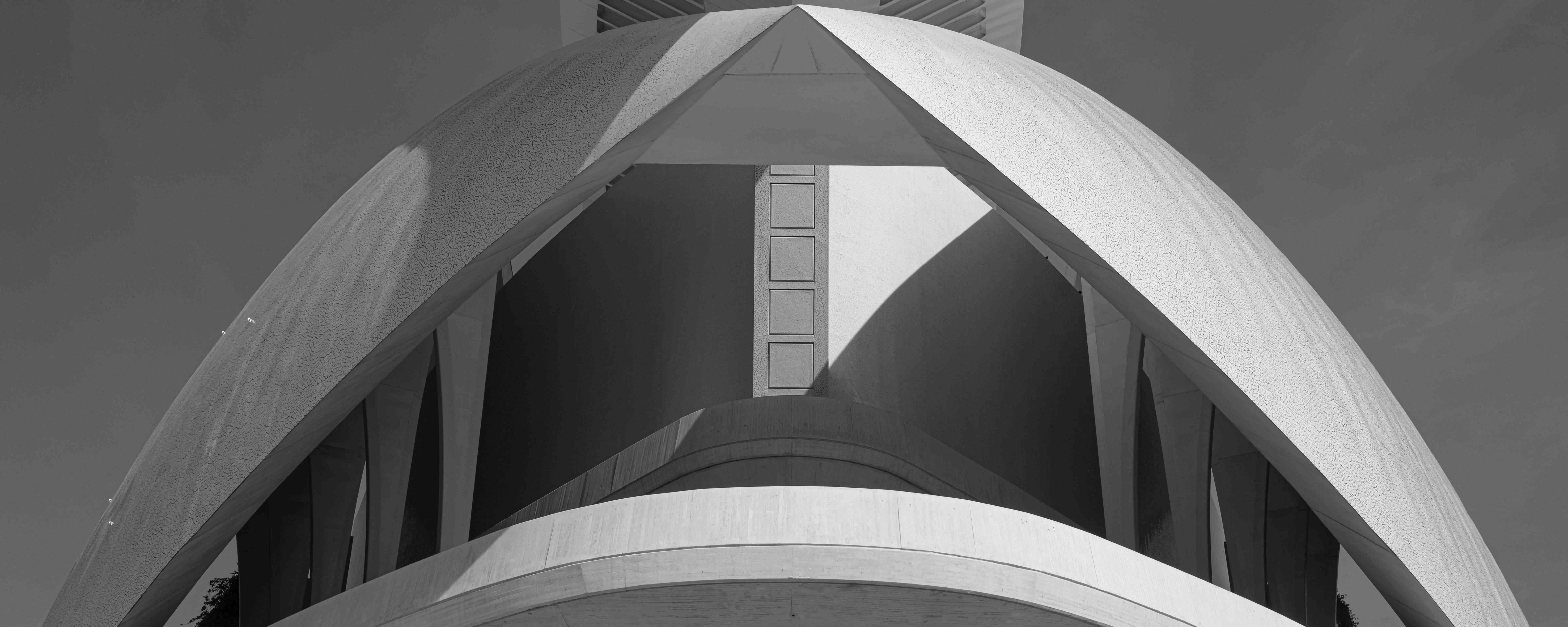 Fotografías edificio Les Arts diurnas. ©Miguel Lorenzo / Mikel Ponce