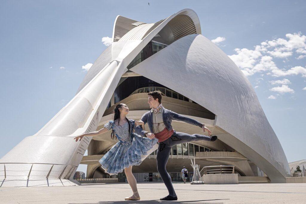 'Les Arts és Dansa' .Compañía Nacional de Danza con 'Gi