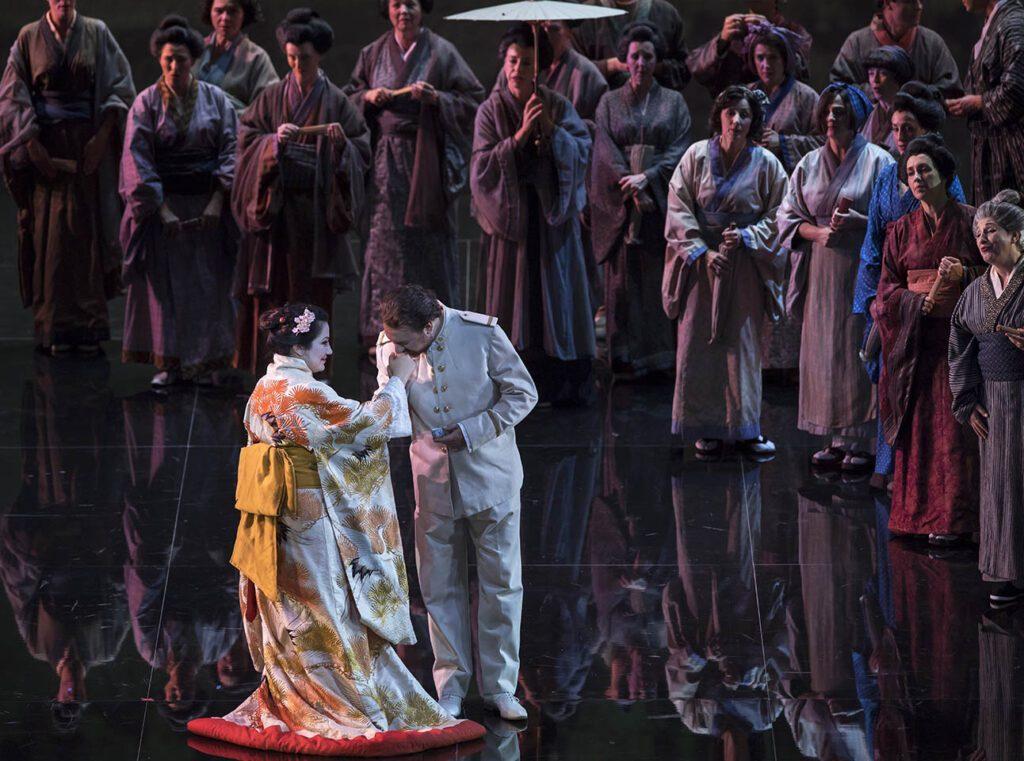 Madama Butterfly opera Valencia e